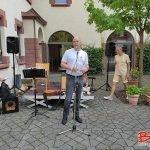 Bernd Kütscher bei der Begrüßung
